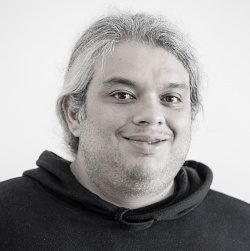 Node js: Strapi and Express Admin Reviewed